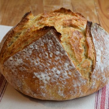 Kako spečemo domač kruh?