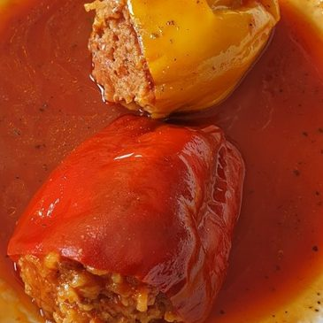 Polnjene paprike – nepozabni recepti za filane paprike